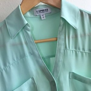 EXPRESS Portofino Button Down Shirt Blouse Mint